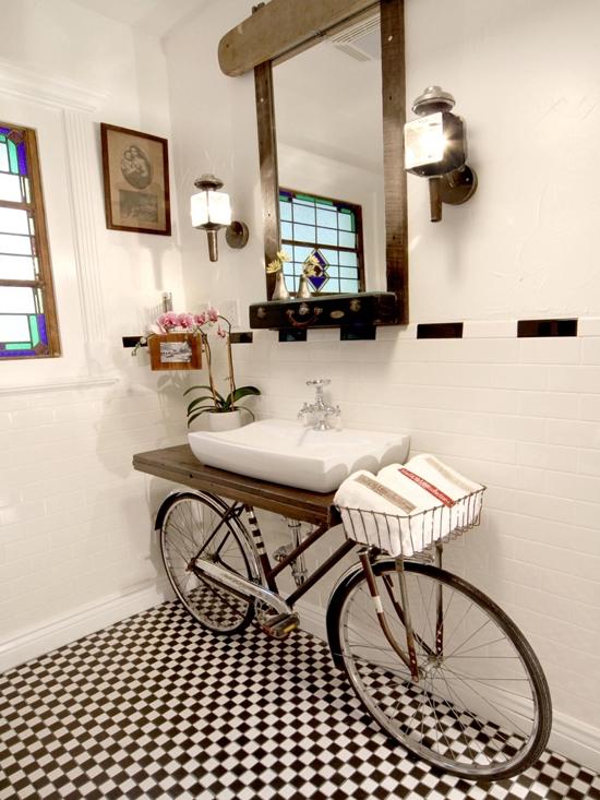 Bicycle-Bathroom-Vanity-DIY-Design-Ideas.jpg-550x0